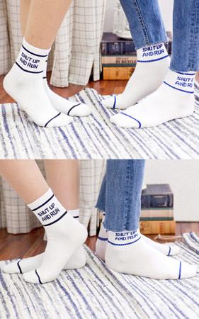 アンドランレタリング靴下