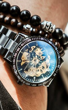 オートマチックサファイア腕時計