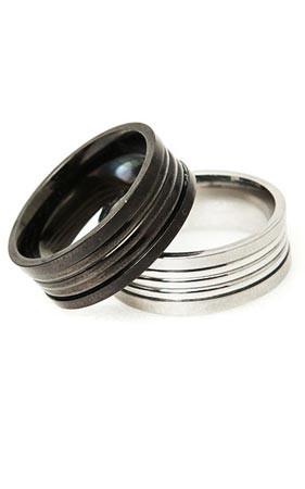 シック製のリング