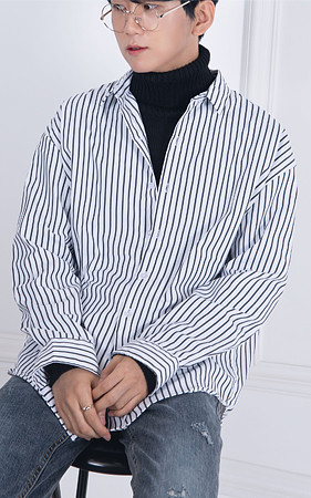 ハリドストライプオーバーフィットシャツ