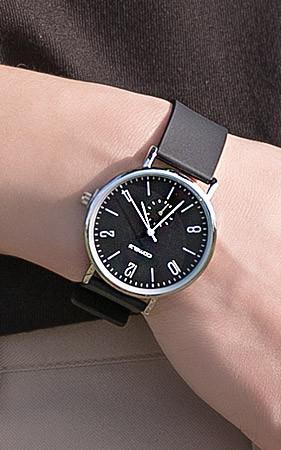 リセンウレタンバンド時計