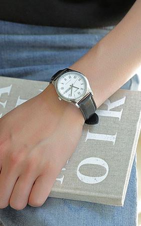 ローマフレームレザー腕時計