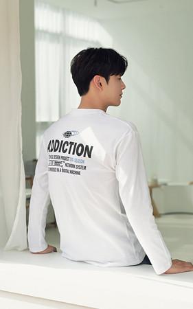 オディクションラウンドティーシャツ